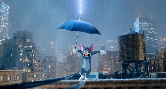 トムが雷に打たれるシーン